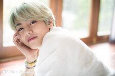 V Naver x Dispatch Mar 2019 (7)