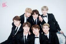2016 BTS Festa Family Pic 6