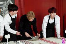 Run BTS Season 3 Episode 1 (21)