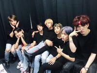 BTS Official Twitter Nov 23, 2018 (5)