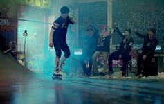 No More Dream MV (26)