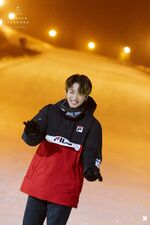 Jungkook Winter Package 2020 (1)