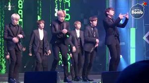 BANGTAN BOMB 'Rainism' Special stage @ MBC 가요대제전 2016 - BTS (방탄소년단)
