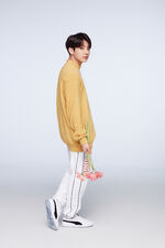 Jungkook Puma Aug 2018 (1)