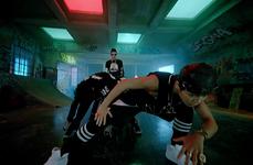 No More Dream MV (27)
