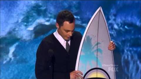 Jim Parsons Wins Choice TV Actor Comedy ~ Teen Choice 2013