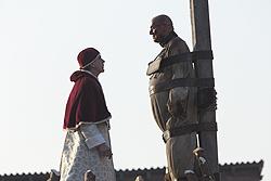 File:014 The Confession episode still of Rodrigo Borgia and Girolamo Savonarola 250px.png