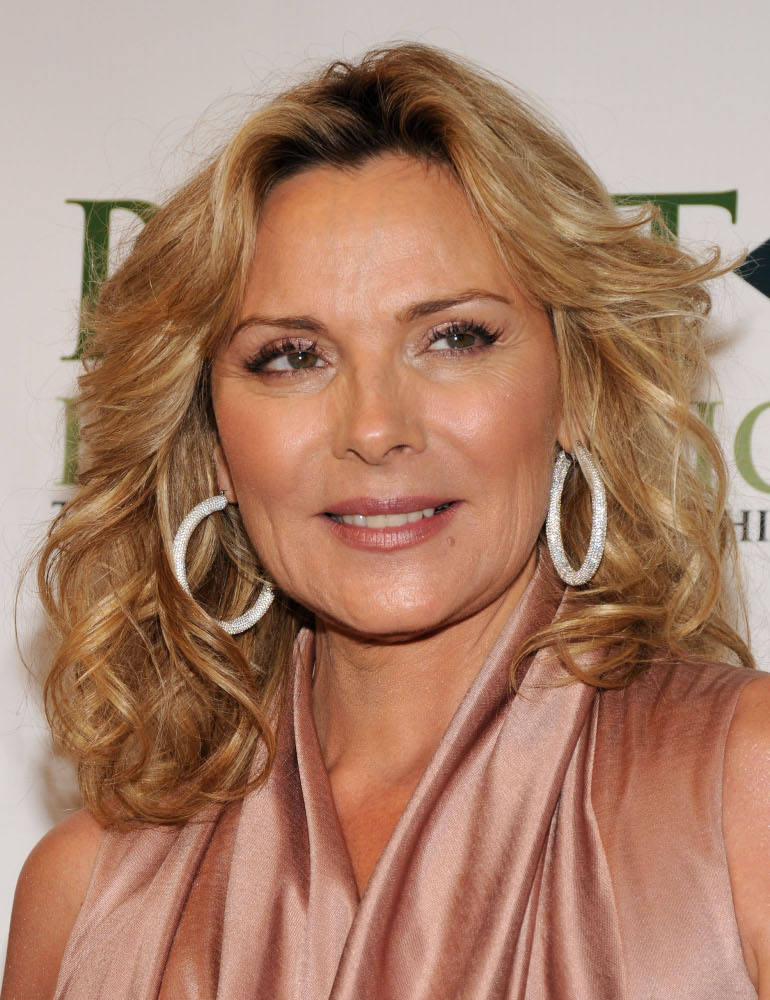 Kim Cattrall The Carrie Diaries Wiki Fandom Powered By