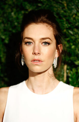 File:The crown actor bio vanessa kirby.jpg