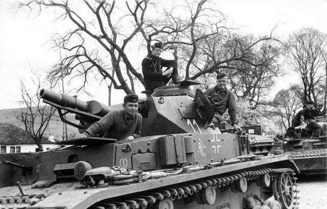 File:Bundesarchiv Bild 101I-770-0280-20, Jugoslawien, Panzer IV.jpg