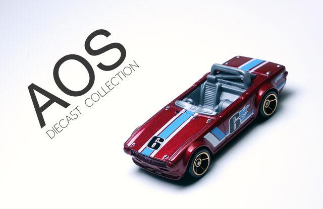 File:Triumph TR6 (red).jpg