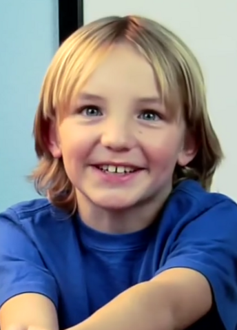 File:Zach.png