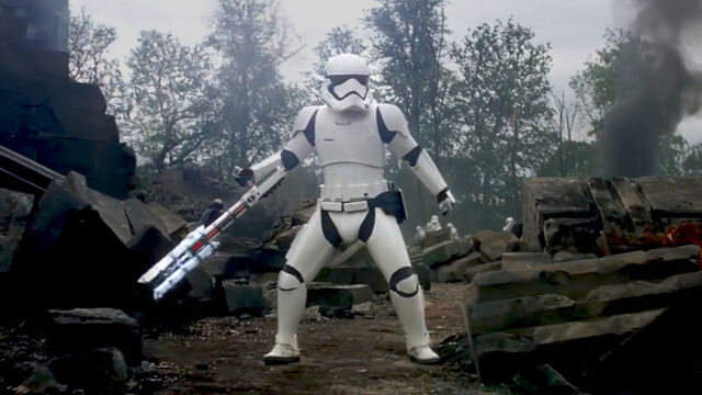 File:First-order-riot-control-stormtroopers 4a11e9db.jpeg