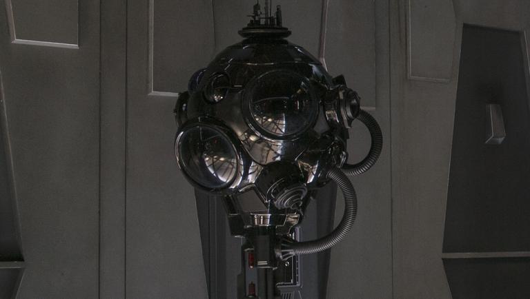 First-order-interrogator-droid efc59ae7