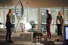 Season-2-The-Flash-vs.-The-Reverse-Flash