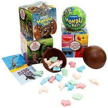 All-city-candy-dinosaur-wonder-ball-1-oz-box-novelty-frankford-candy-158064 600x