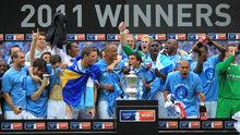 Team winning fa cup 2011