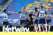 Brighton & Hove Albion v Arsenal (2019-20).16