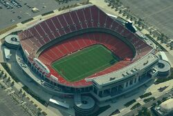 Aerial view of Arrowhead Stadium 08-31-2013 crop