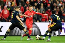 Standard Liège v Arsenal (Europa League 2019-20).7