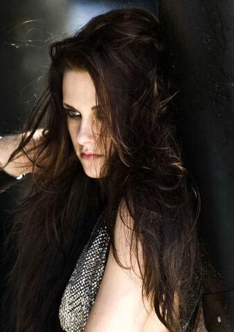 File:Kristen Stewart BTS-Allure-Magazine-Photoshoot Vettri Net-09.jpg