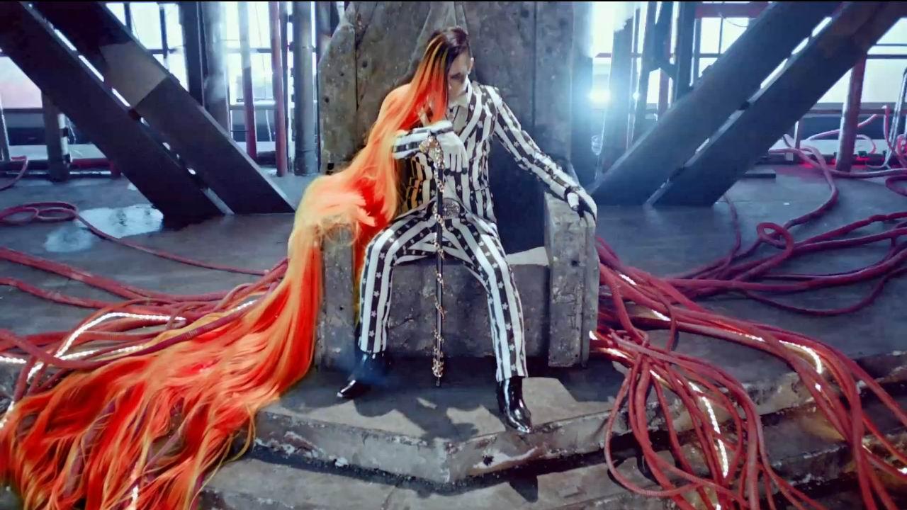 Bigbang Fantastic Baby Gd Red Hair Omg
