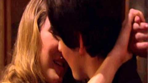 House of Anubis - Nina + Fabian (Fabina) Kiss You