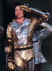 Golden-MJ-history-era-14201640-545-751