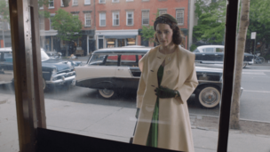 The-Marvelous-Mrs.-Maisel-Season-1-Episode-2-Ya-Shivu-v-Bolshom-Dome-Na-Kholme-Midge-2