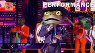 "Frog sings ""In Da Club"" by 50 Cent THE MASKED SINGER SEASON 3"
