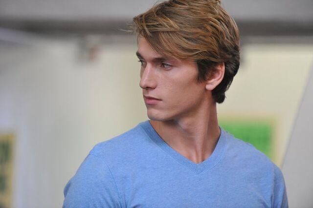 File:Benjamin Stone as Bradley.jpg