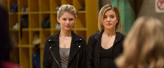 Sloane emily riley richelle season 4 episode 26 promo