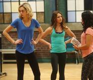 Sloane amy cassie season 4 episode 20