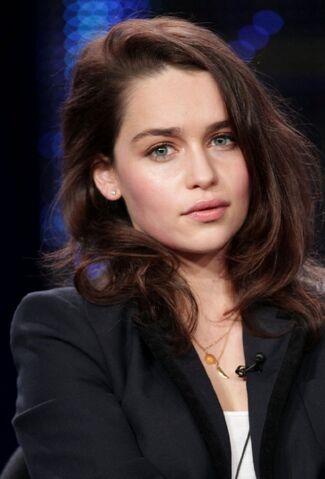 File:Emilia clarke.jpeg