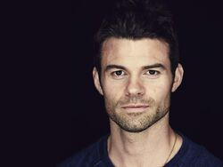 Elijah Mikaelson (Earth-20520)