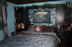 File:Alice in wonderland bedroom.jpg