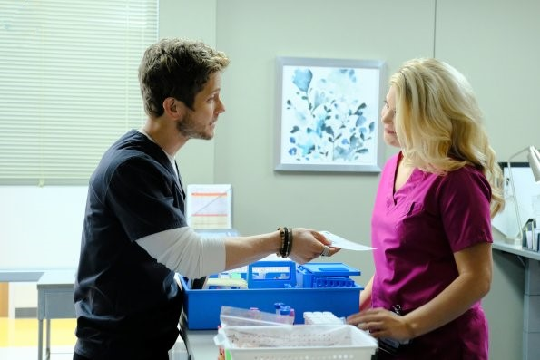 File:The Resident - Episode 1.02 (17).jpg