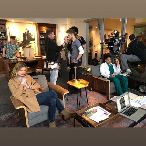 File:Behind The Scenes - Season One - Total Eclipse of the Heart (4).jpg
