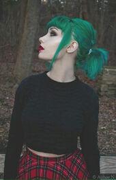 Greenhairgir