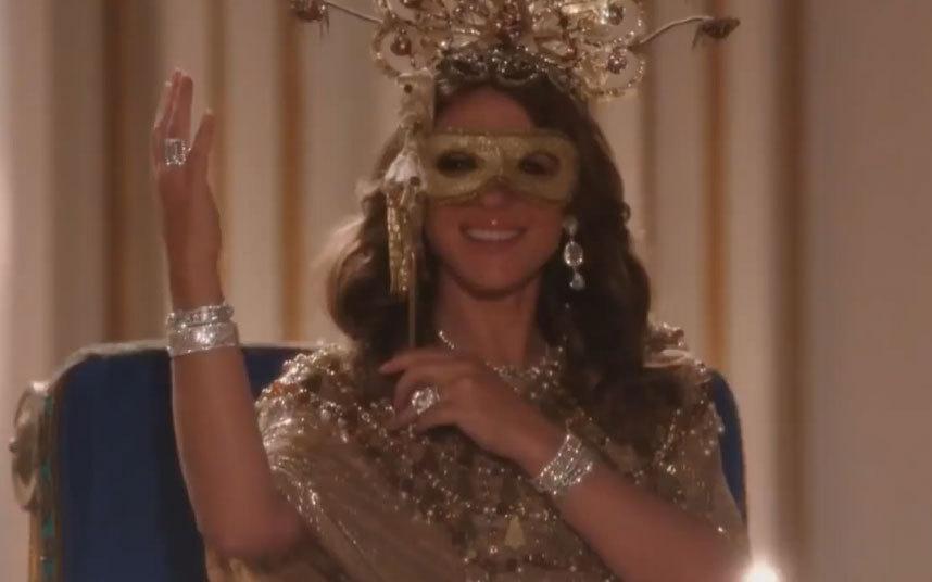 Image - Helena wearing mask.jpg | The Royals Wiki | FANDOM ...