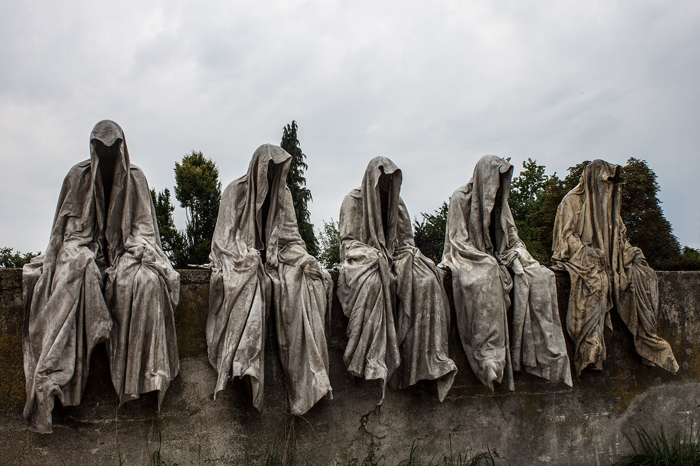 Mobile gallery guardians of time sculptor manfred kili kielnhofer contemporary fine art design sculpture modern famous 3d statue public arts 26111 jpg