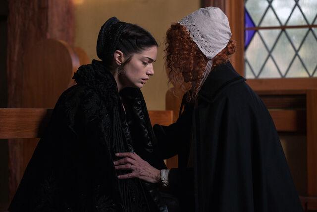 File:Salem-Promo-Still-S1E06-10-Mary and Rose 04.jpg