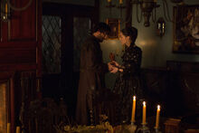 Salem-Promo-Still-S1E13-14-Isaac and Mary