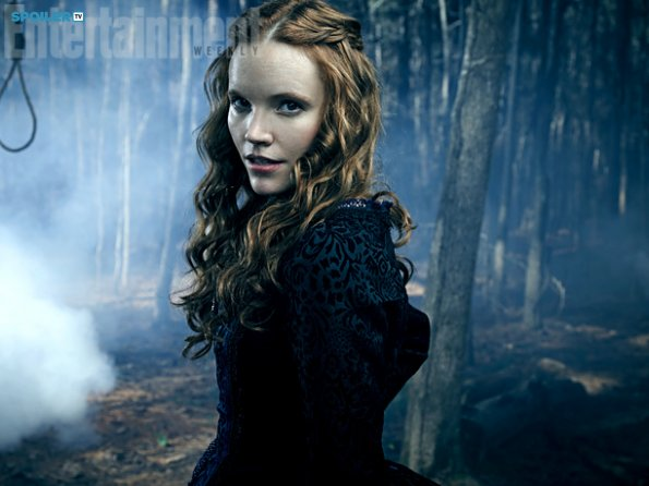 File:Salem-Season-2-Women-of-Salem-salem-tv-series-38181124-595-446.jpg