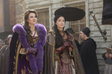 Salem-Promo-Stills-S2E06-09-Countess and Mary