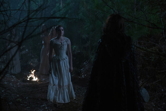 File:Salem-Promo-Still-S1E05-61-Sabba-Black-Hooded-Mary and Mercy 01.jpg