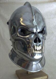 Fanged Death Helm