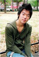 Aaron Yoo imdb