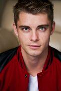 Luke Mitchell 001