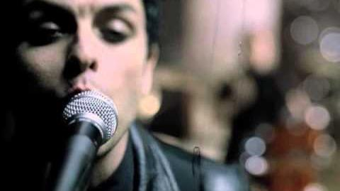 "Green Day ""Boulevard Of Broken Dreams"" - Official Video"